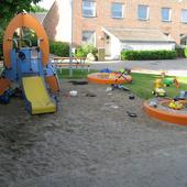 Loop på legepladsen