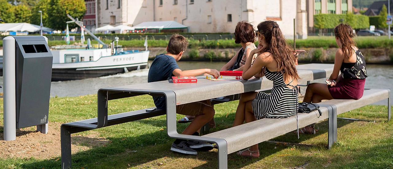 Outsider superfine sæder og bordplader